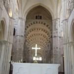 Vue du choeur de la basilique Ste Marie Madeleine